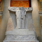 34 pantheon martyrs sculpture